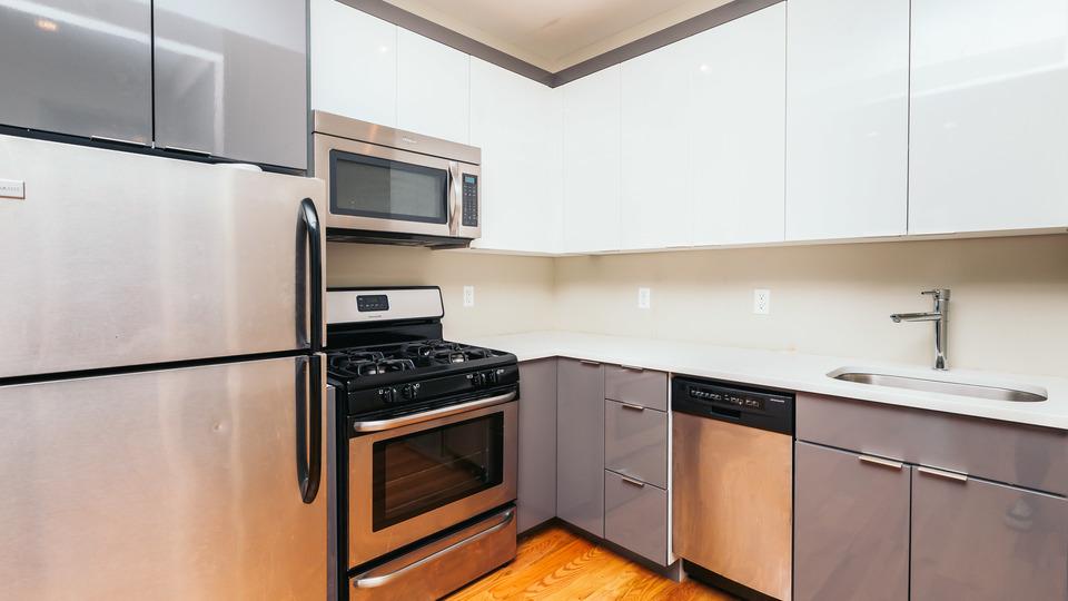A $2,750.00, 3 bed / 1.5 bathroom apartment in Bushwick