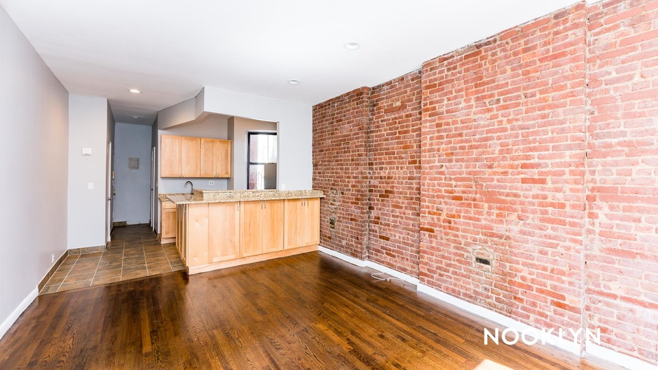 A $2,188.00, 1 bed / 1 bathroom apartment in Upper East Side