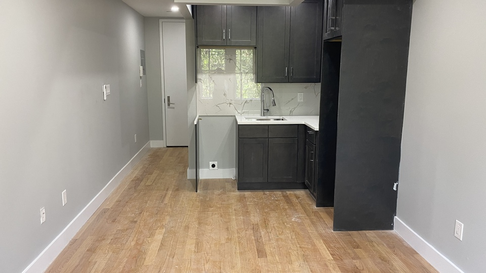 A $1,550.00, 0 bed / 1 bathroom apartment in Morris Heights