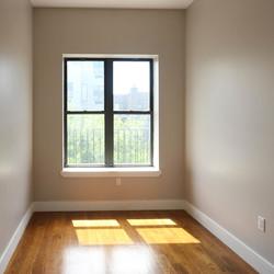 A $3,800.00, 4 bed / 1 bathroom apartment in Bushwick