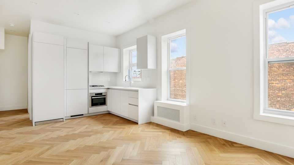 A $3,600.00, 2 bed / 1 bathroom apartment in Park Slope