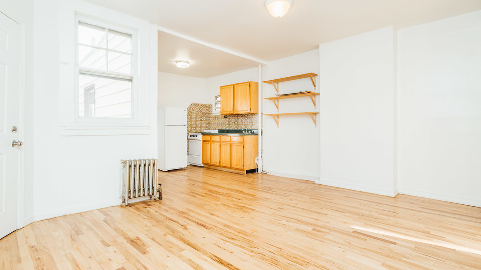 A $1,875.00, 2 bed / 1 bathroom apartment in Sunset Park