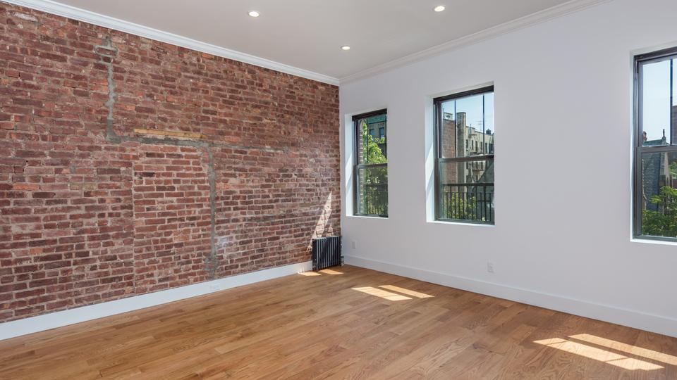 A $4,582.00, 5 bed / 3 bathroom apartment in Clinton Hill
