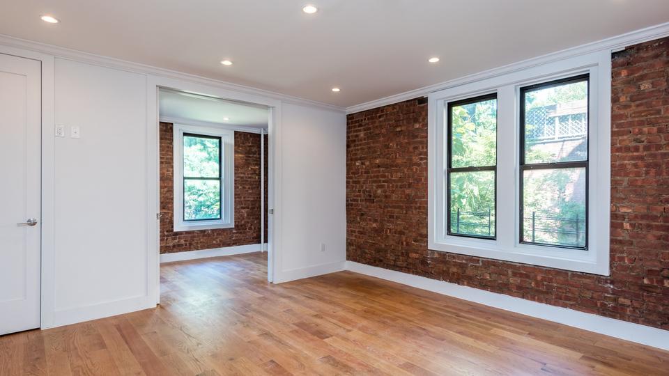 A $3,498.00, 3 bed / 1 bathroom apartment in Clinton Hill
