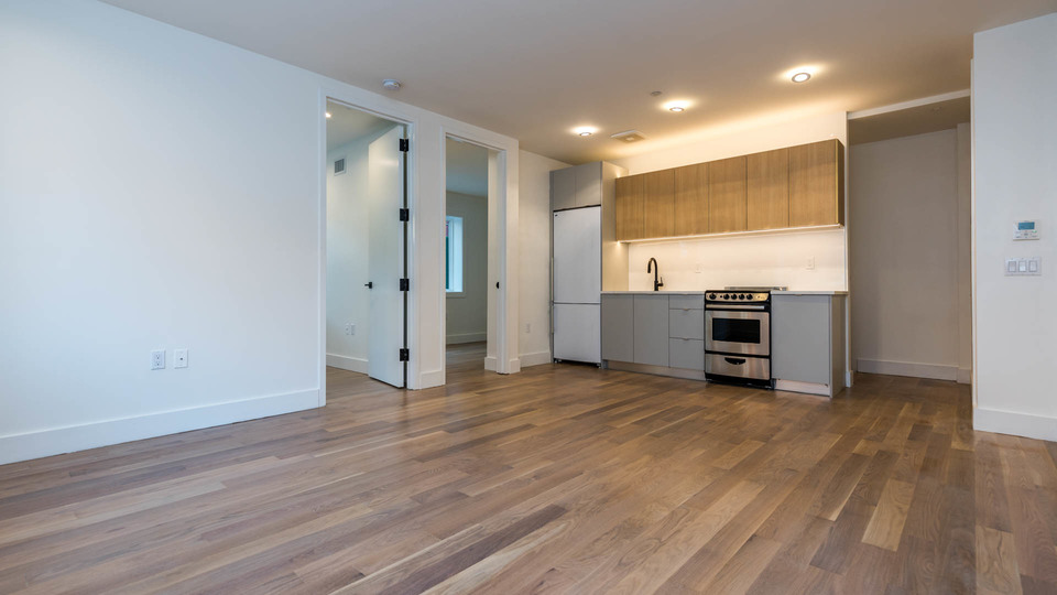 A $3,100.00, 3 bed / 1.5 bathroom apartment in Bed-Stuy