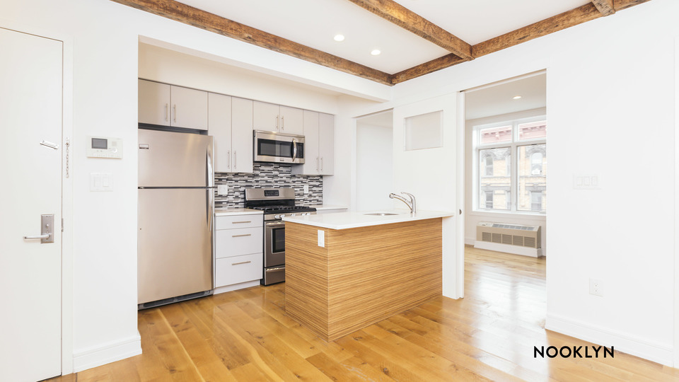 A $2,666.00, 2 bed / 1 bathroom apartment in Greenpoint