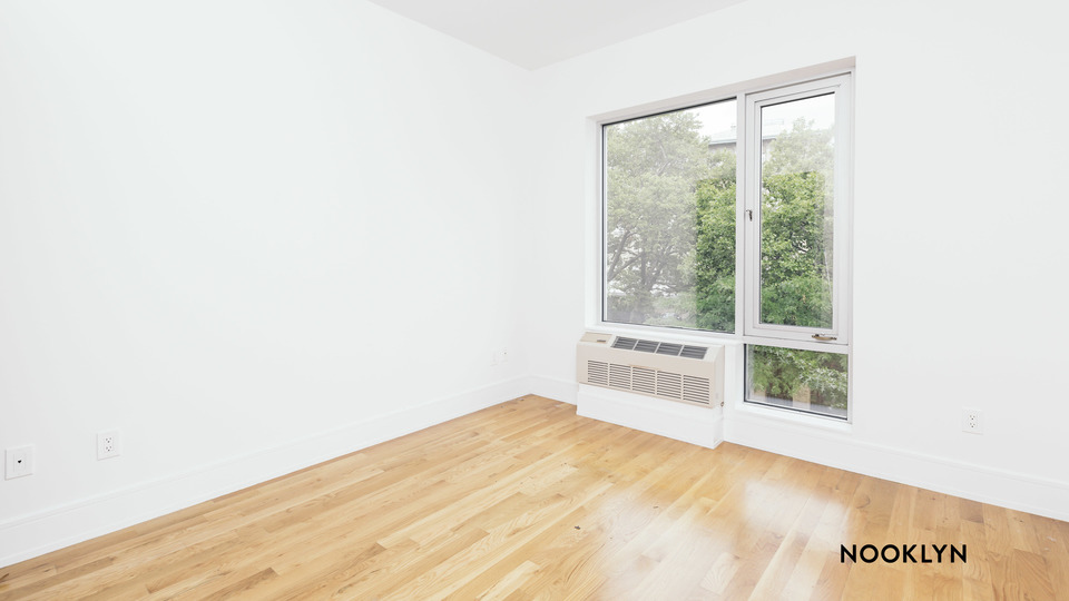 A $2,333.00, 1 bed / 1 bathroom apartment in Williamsburg