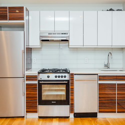 A $4,350.00, 3 bed / 1 bathroom apartment in Williamsburg