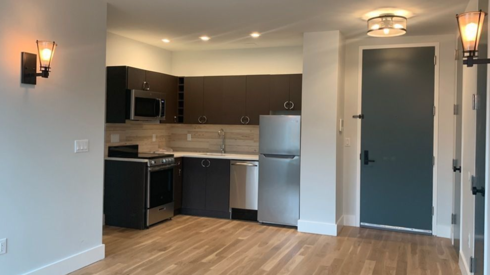 A $2,625.00, 3 bed / 2 bathroom apartment in Ridgewood