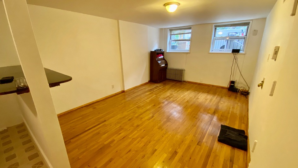 A $1,500.00, 0 bed / 1 bathroom apartment in Ridgewood