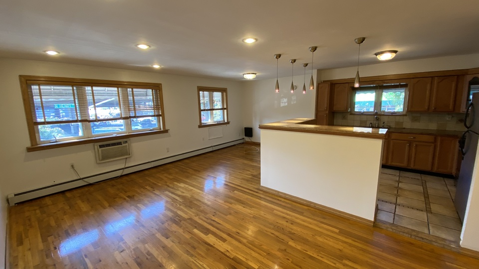 A $3,000.00, 3 bed / 2 bathroom apartment in Greenpoint