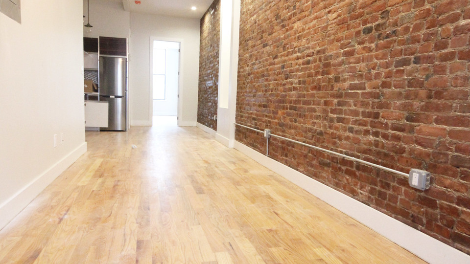 A $3,000.00, 3 bed / 1.5 bathroom apartment in Bushwick