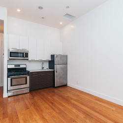 A $3,100.00, 4 bed / 1 bathroom apartment in Bushwick