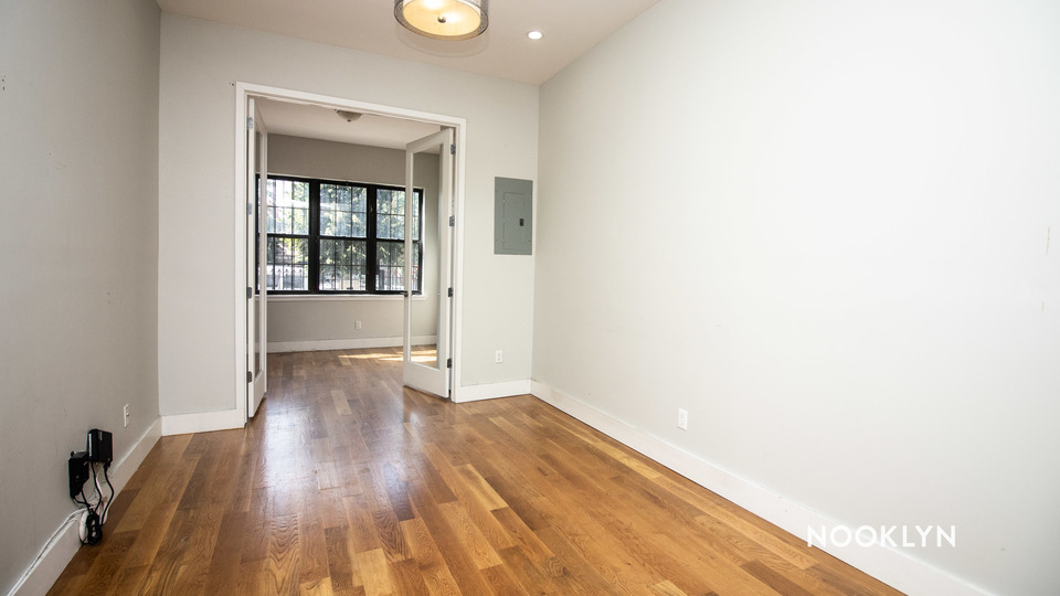 A $2,650.00, 3 bed / 2 bathroom apartment in Bushwick