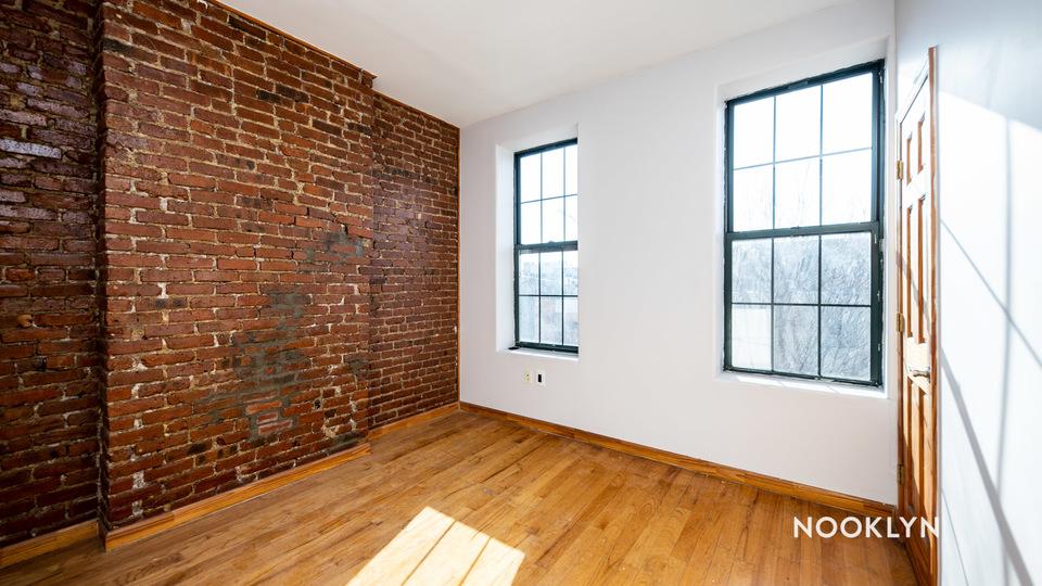 A $1,694.00, 2 bed / 1 bathroom apartment in Bushwick