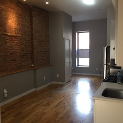 A $2,500.00, 3 bed / 2 bathroom apartment in Bed-Stuy