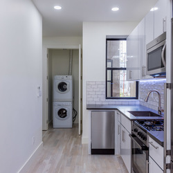 A $2,930.00, 3 bed / 1 bathroom apartment in Ridgewood