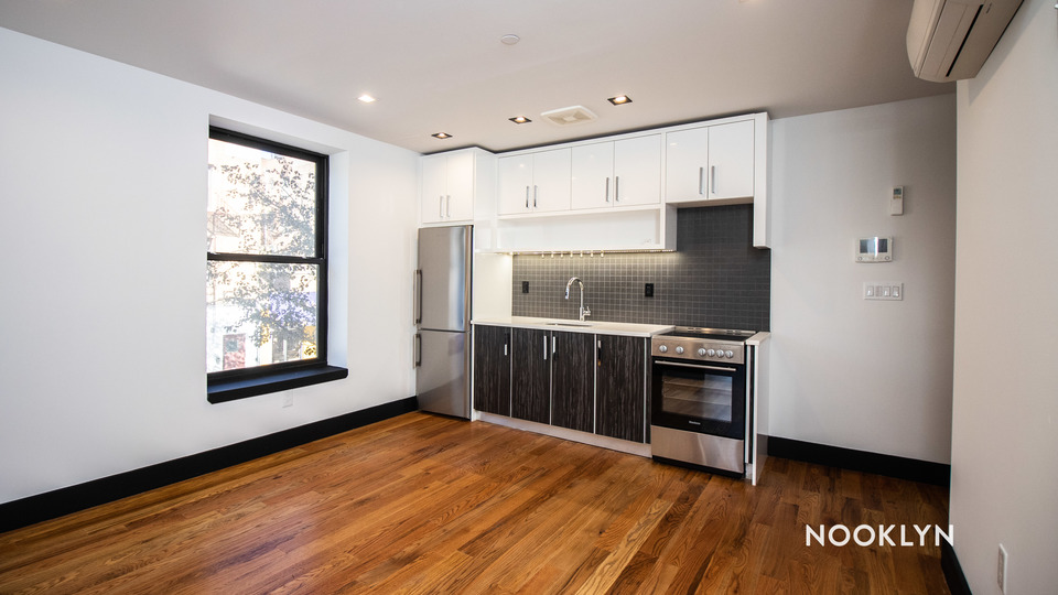 A $2,200.00, 2 bed / 2 bathroom apartment in PLG: Prospect Lefferts Gardens