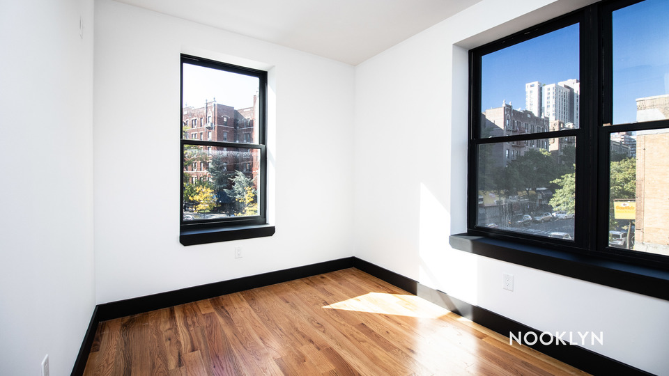 A $2,400.00, 3 bed / 2 bathroom apartment in PLG: Prospect Lefferts Gardens