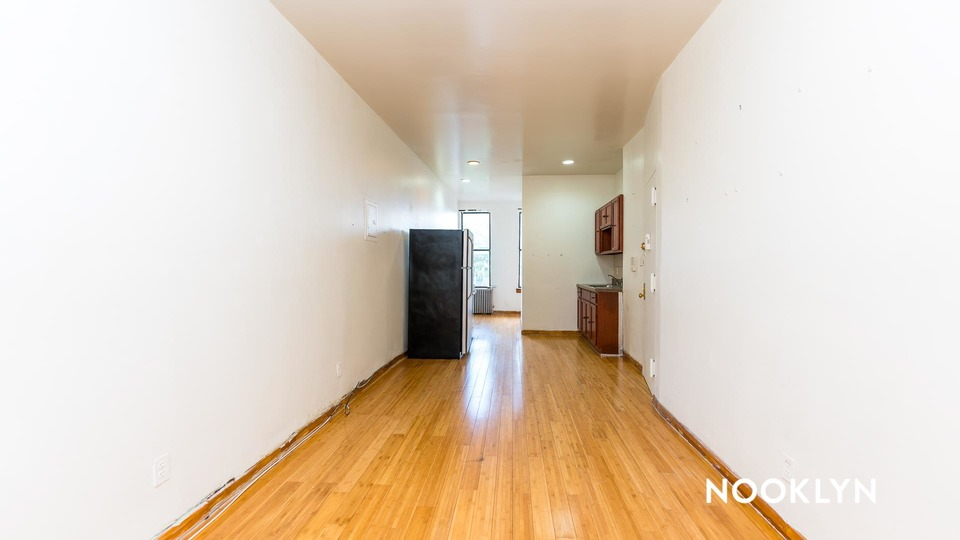 A $1,999.00, 2 bed / 1 bathroom apartment in Williamsburg