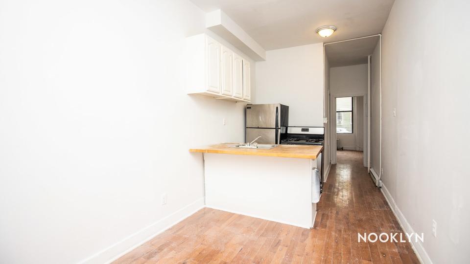 A $1,999.00, 2 bed / 2 bathroom apartment in Bushwick