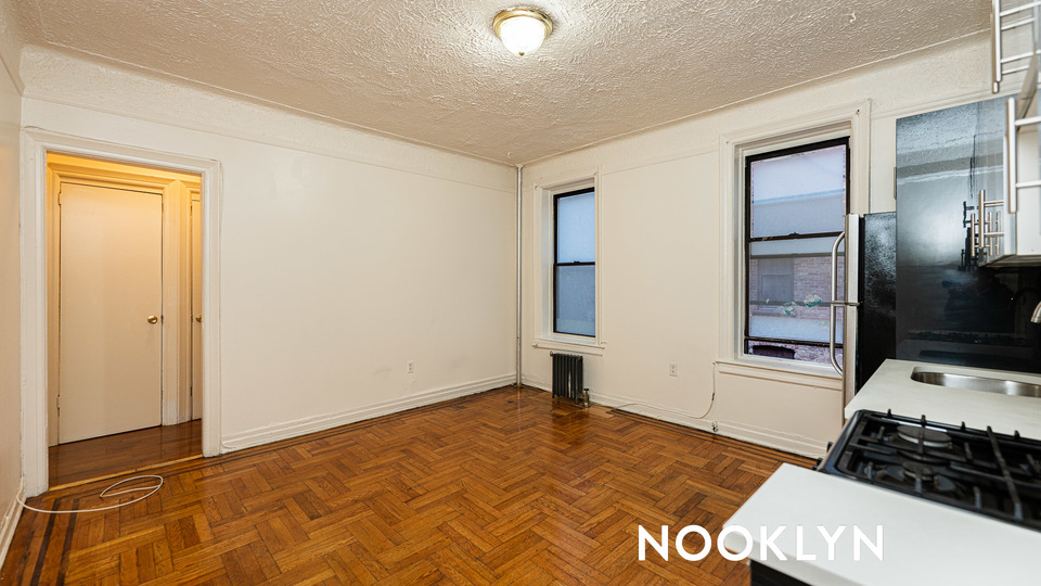 A $1,650.00, 1.5 bed / 1 bathroom apartment in Bed-Stuy