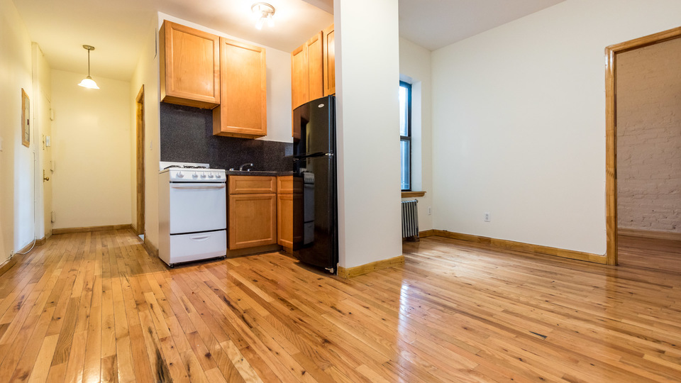 A $3,000.00, 2 bed / 1 bathroom apartment in Williamsburg