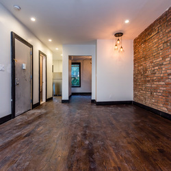 A $3,000.00, 3 bed / 1 bathroom apartment in Bed-Stuy