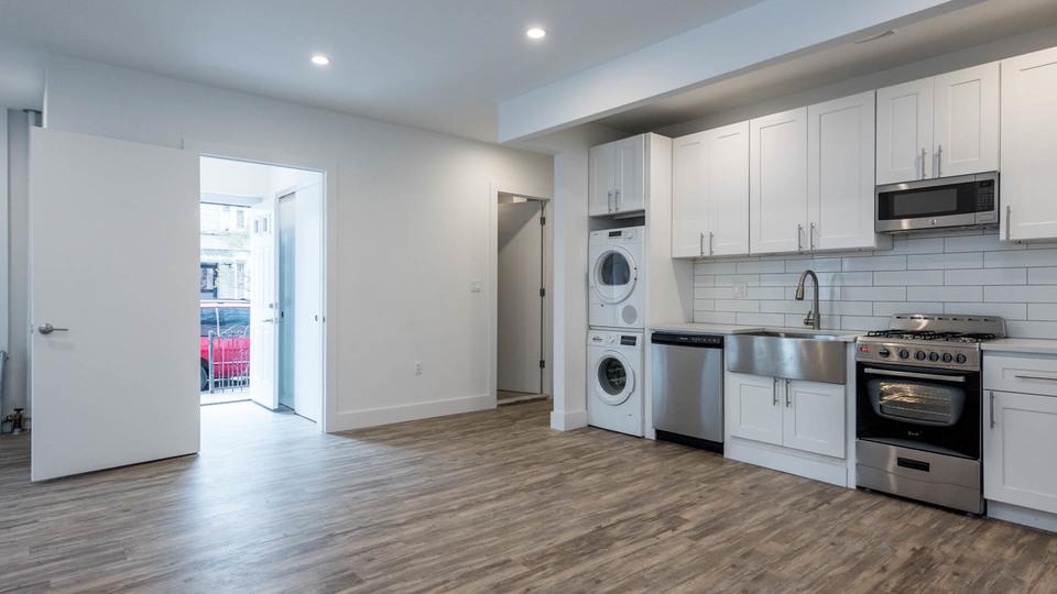A $2,167.00, 2 bed / 2 bathroom apartment in Ridgewood