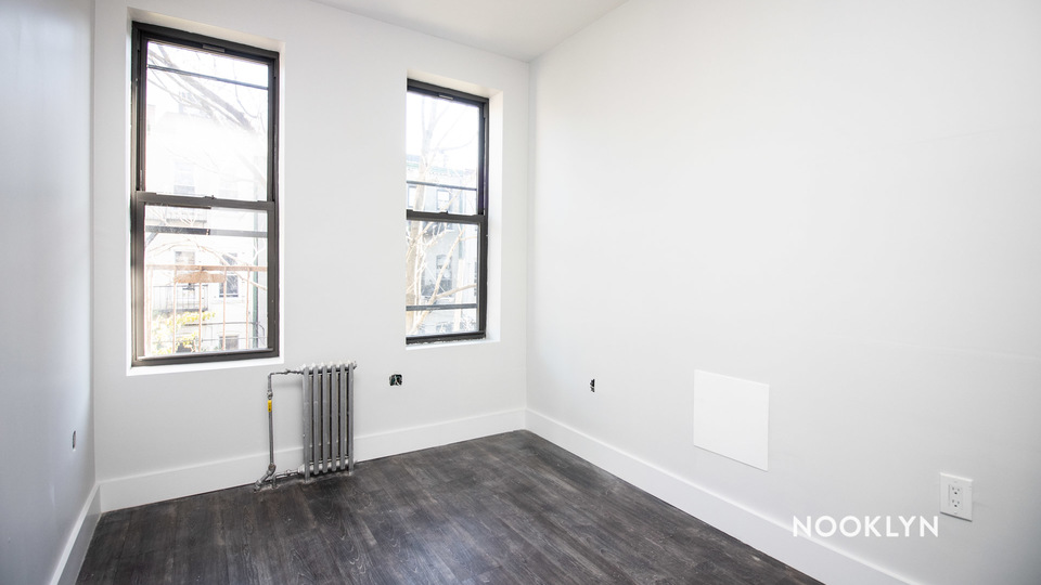 A $2,025.00, 2 bed / 2 bathroom apartment in Ridgewood