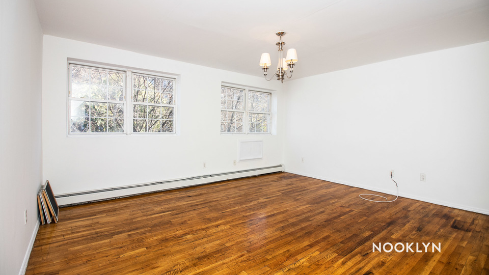 A $2,200.00, 3 bed / 2 bathroom apartment in Crown Heights