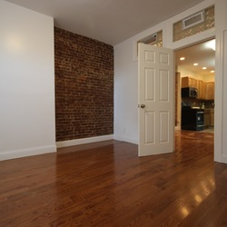 A $2,400.00, 3 bed / 2 bathroom apartment in Ridgewood