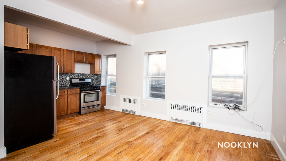 A $2,280.00, 2 bed / 1 bathroom apartment in Williamsburg