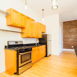 A $3,281.00, 4 bed / 1 bathroom apartment in Crown Heights