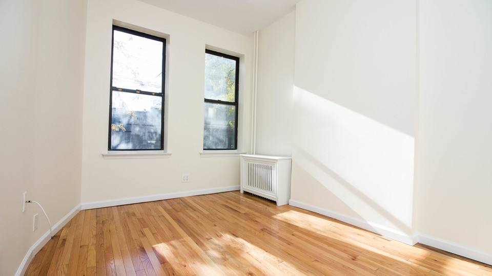 A $2,400.00, 2 bed / 2 bathroom apartment in Ridgewood
