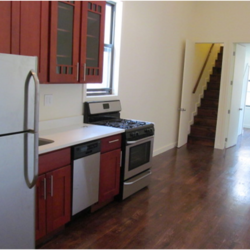 A $3,000.00, 2.5 bed / 1 bathroom apartment in Crown Heights