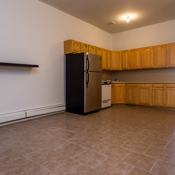 A $3,350.00, 4 bed / 1 bathroom apartment in Bed-Stuy