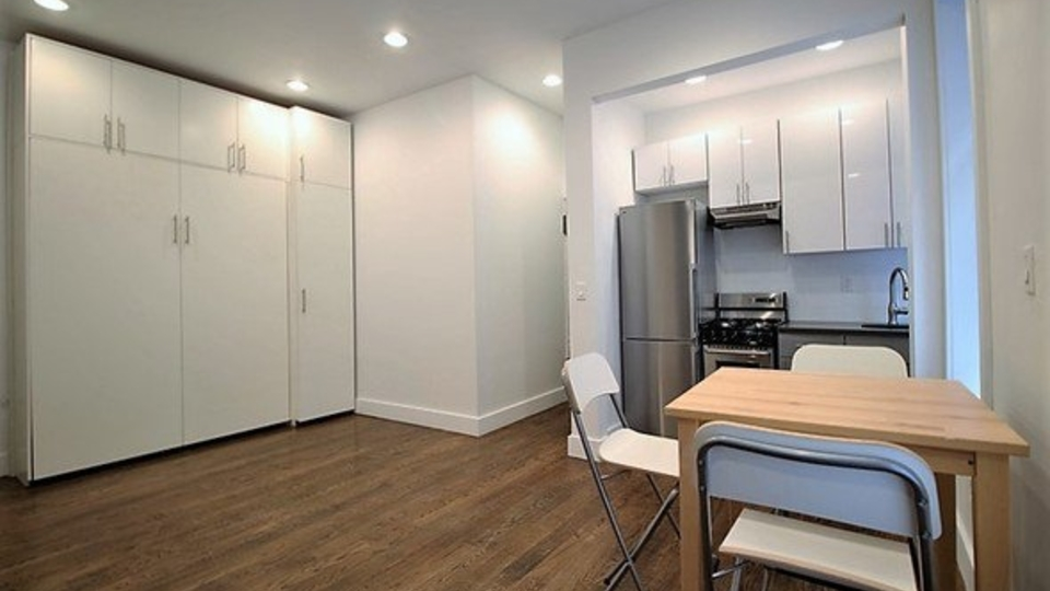 A $1,650.00, 0 bed / 1 bathroom apartment in Crown Heights