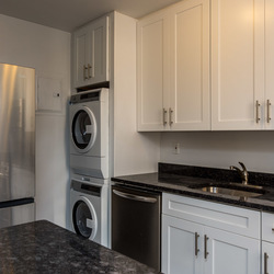 A $2,377.00, 2 bed / 1 bathroom apartment in Bed-Stuy