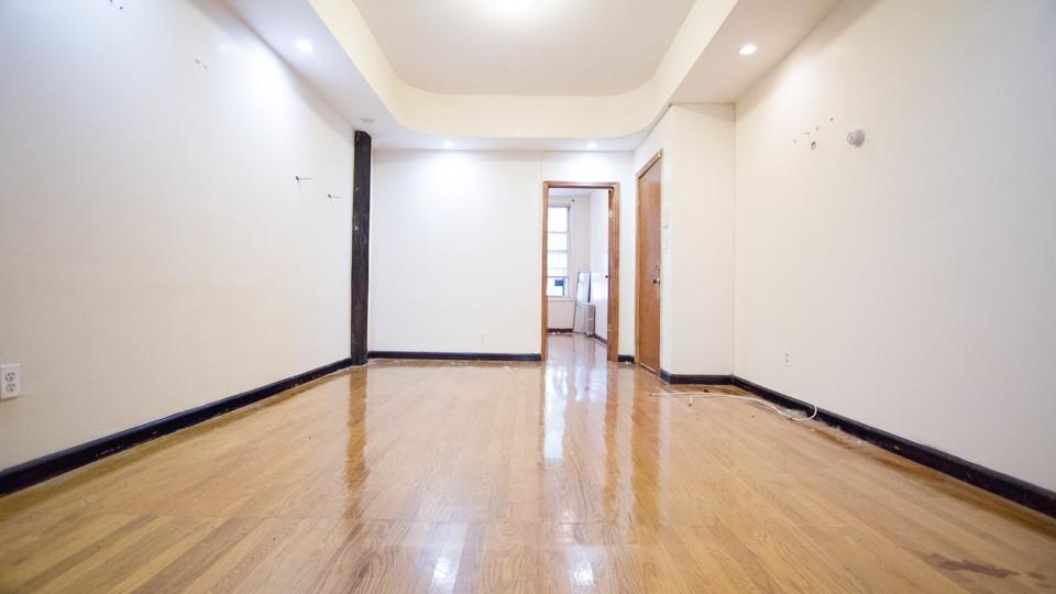 A $2,350.00, 2 bed / 1 bathroom apartment in Bushwick