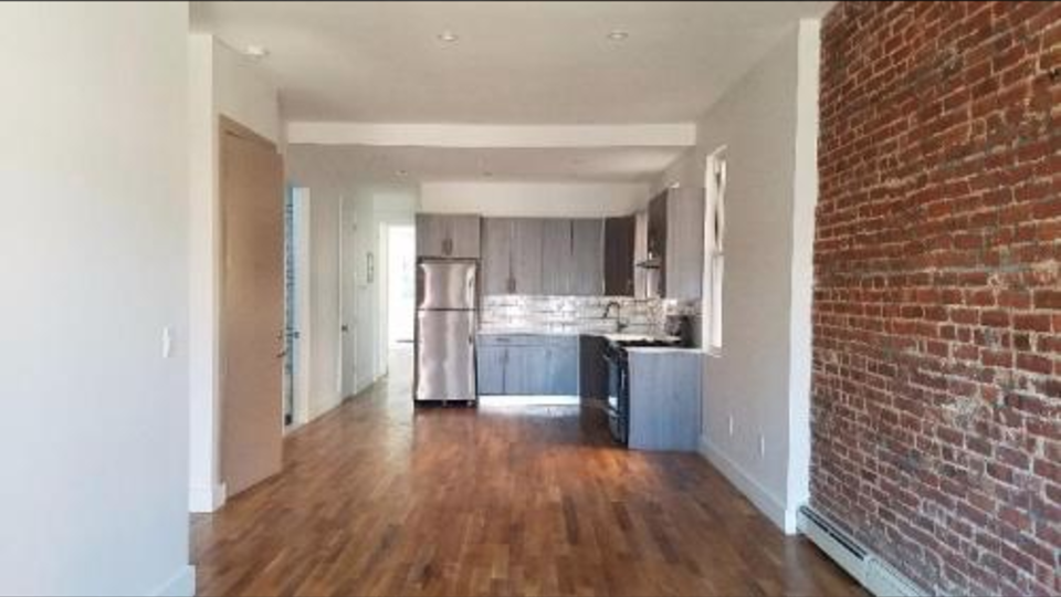 A $2,975.00, 2.5 bed / 2 bathroom apartment in Crown Heights