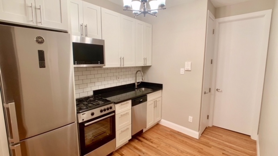 A $1,825.00, 1 bed / 1 bathroom apartment in Crown Heights
