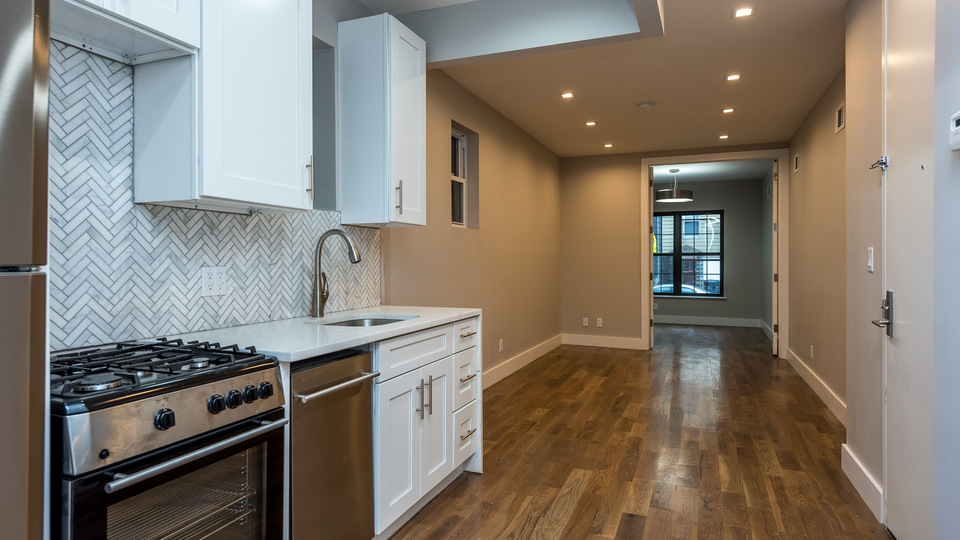 A $3,950.00, 3 bed / 1.5 bathroom apartment in Williamsburg