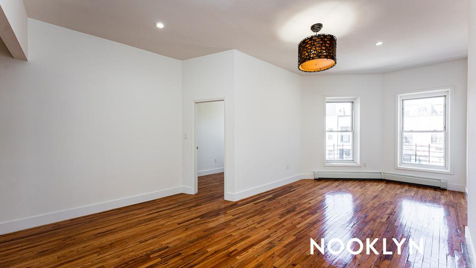 A $2,750.00, 3 bed / 1 bathroom apartment in Bushwick