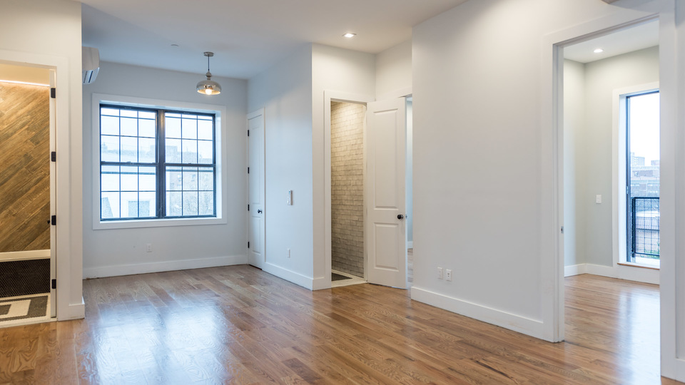A $3,750.00, 3 bed / 1.5 bathroom apartment in Williamsburg