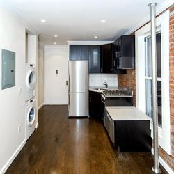 A $3,389.00, 2 bed / 1 bathroom apartment in East Village