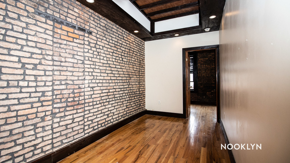 A $2,300.00, 3 bed / 1.5 bathroom apartment in Bushwick