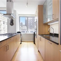 A $5,895.00, 1 bed / 1 bathroom apartment in Chelsea