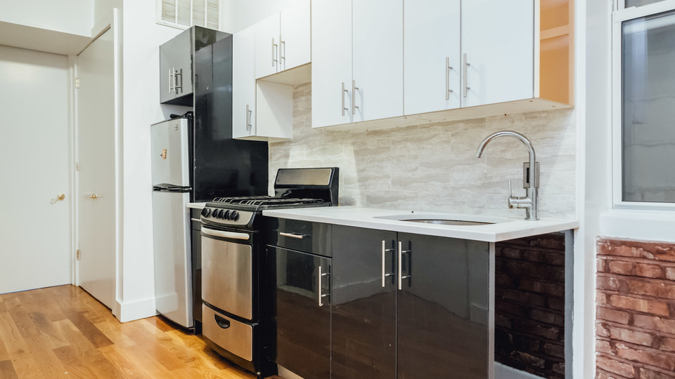 A $2,350.00, 2.5 bed / 1 bathroom apartment in Williamsburg