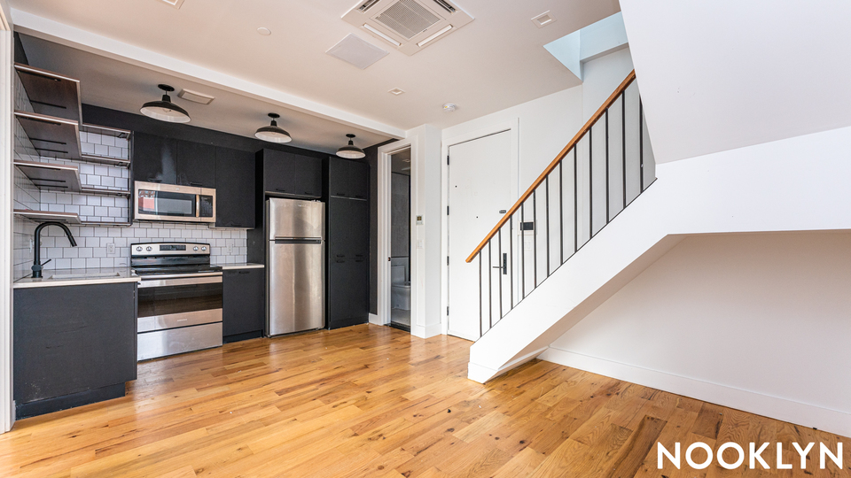 A $2,650.00, 3 bed / 2 bathroom apartment in East Flatbush